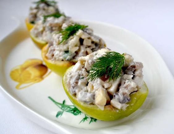 Салат из селедки и яблок рецепт с