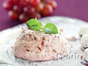 Парфе из винограда и красной смородины