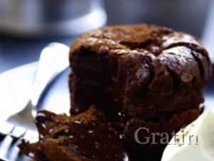 Пудинги из горького шоколада
