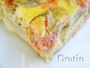 Картофельная запеканка с лососем