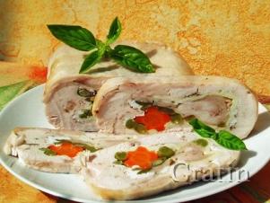 Куриная руляда с овощами