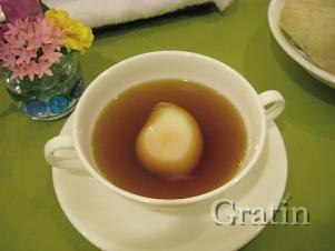 Консоме с яйцом пашот и пара слов о Чехове