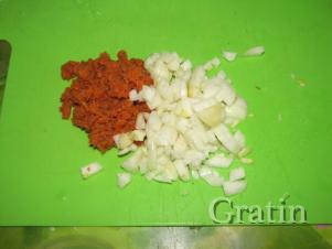 Чесночный суп с плавленым сыром