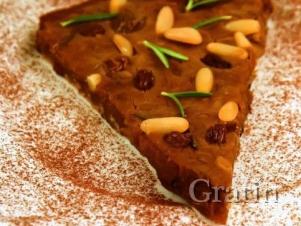 Кастаньяччо (Тосканский каштановый пирог)