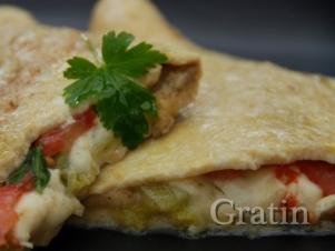 Омлет с лососем и моцареллой