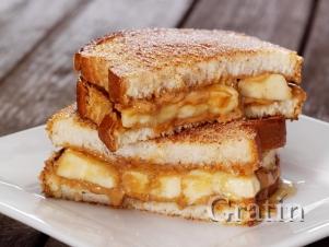 Банановые сэндвичи с арахисовым маслом