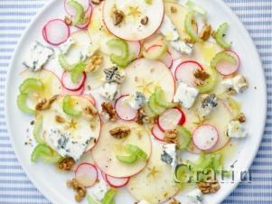 Салат из сельдерея с яблоком и редисом