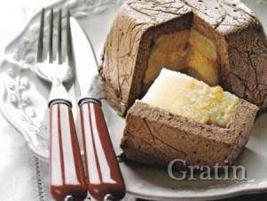 Слоёный десерт из баварского крема «Шоколад и груша»