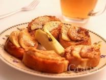 Французские гренки с яблоком