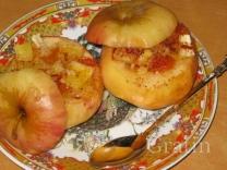 Запечённые яблоки с овсянкой и апельсином