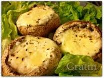 Шампиньоны, фаршированные сыром