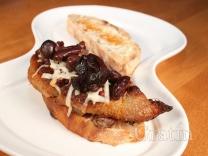 Горячий бутерброд с утиной грудкой