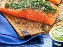 Малосольный лосось с горчичным соусом по-шведски