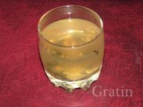 Напиток из зеленого чая и корня имбиря