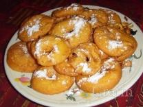 Яблочные пончики с миндалем